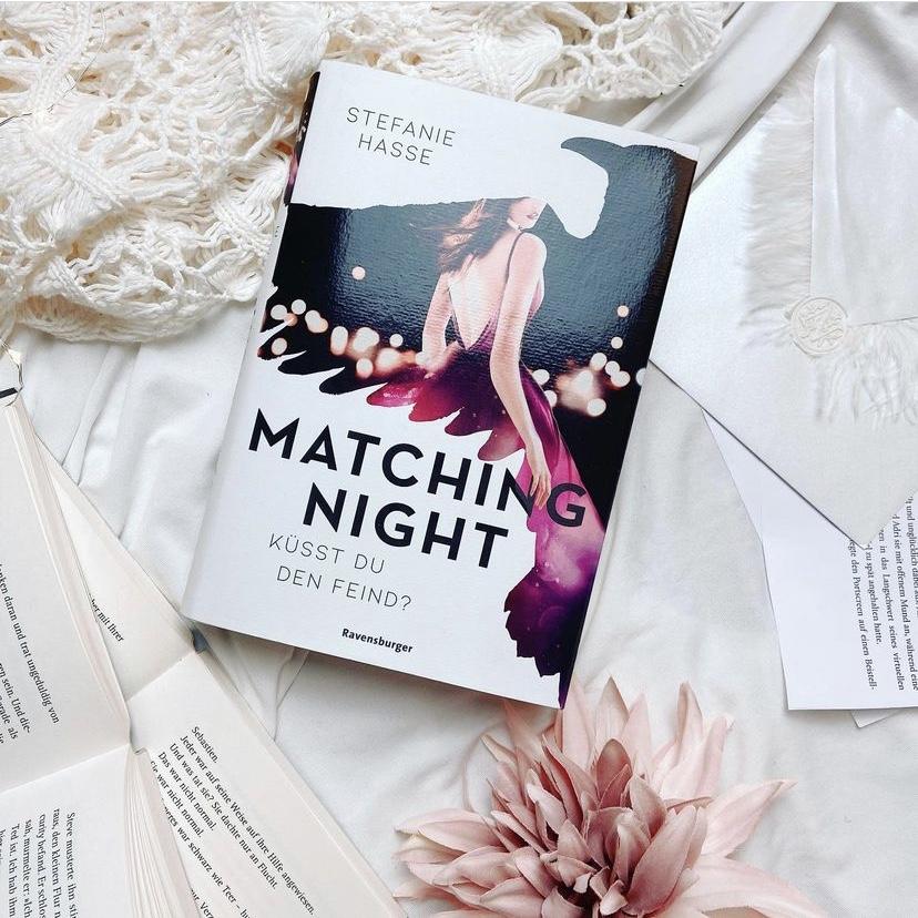 Rezension – Matching Night: Küsst du den Feind? von Stefanie Hasse